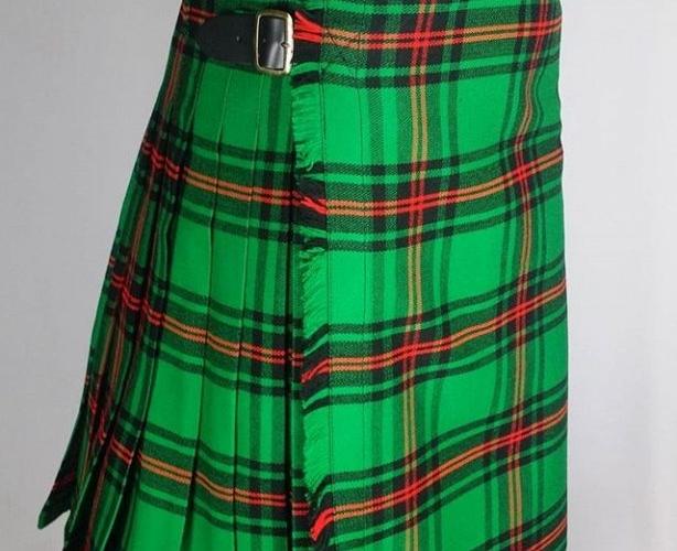 How To Make A Kilt Scottish Kilt Pleated Skirt Kilt Guide