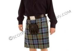 8 yard 11oz Reiver Kilt in Scottish Tartans By Lochcarron