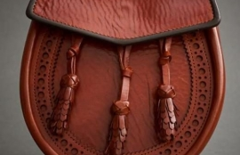HAND DYED TAN LEATHER SPORRAN