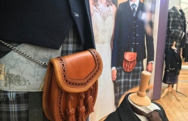 Kilt hire - brown leather sporran