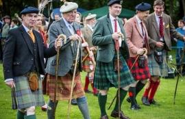 Red Ruairidh Kilt - irish hat