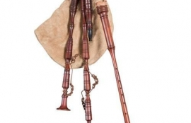 MARKTSACK-HÜMMELCHEN WITH A LIGHT BROWN SACK   Bagpipes